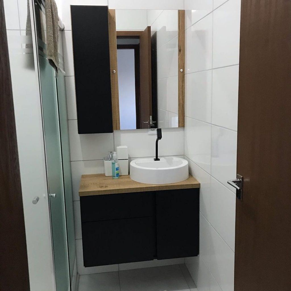banheiro pequeno com cuba redonda