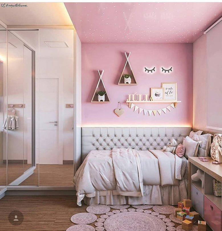 quarto rosa infantil moderno
