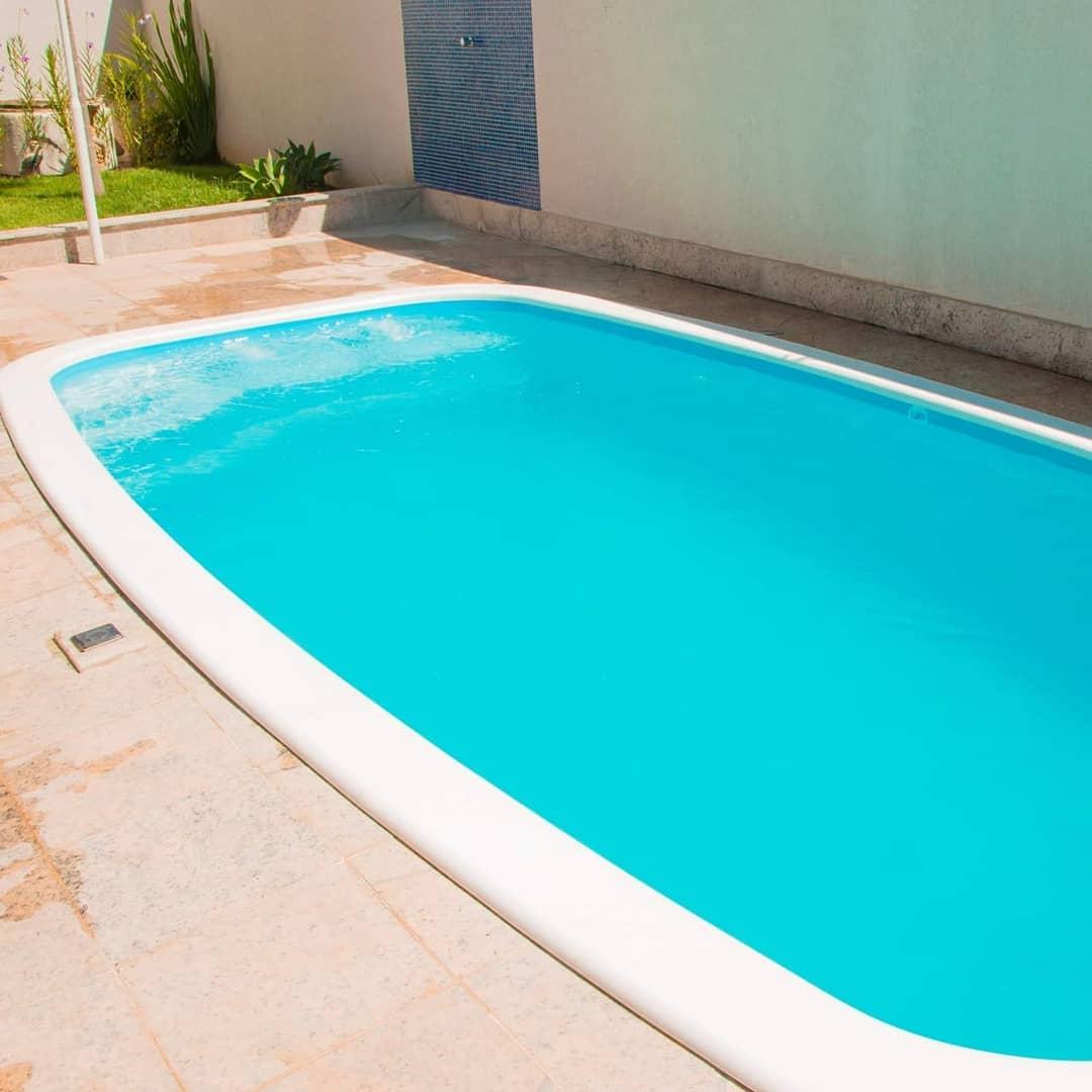 piscina-fibra-vidro-simples