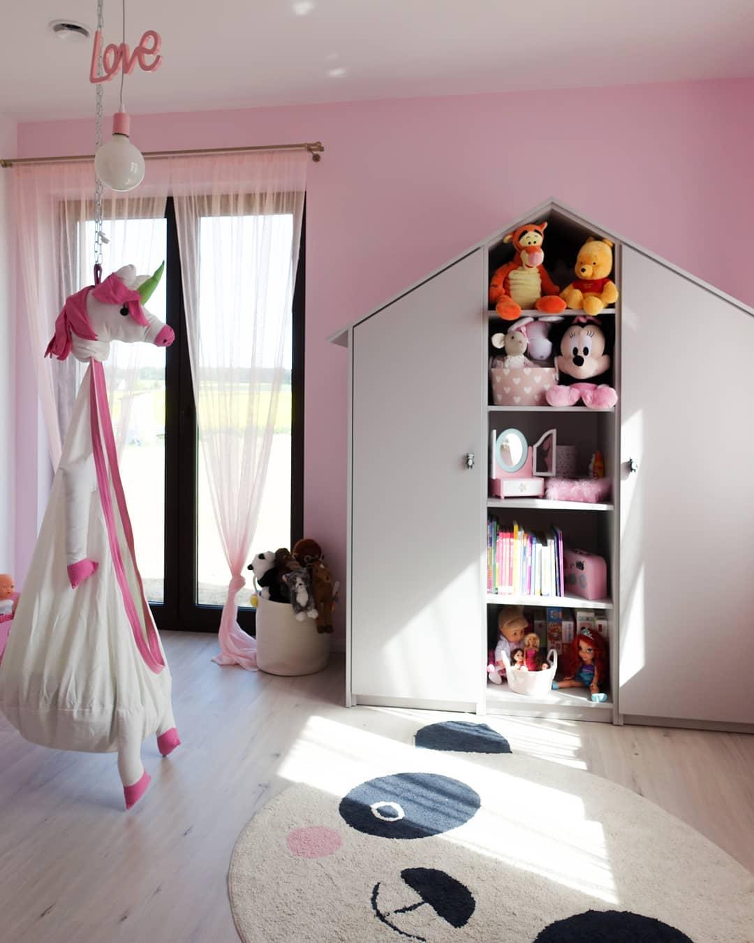 quarto rosa infantil