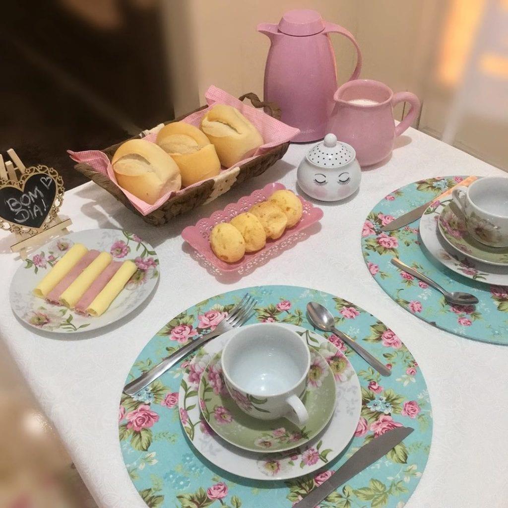 mesa-cafe-da-manha