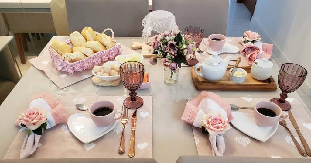 mesa-cafe-da-manha[-romantica[