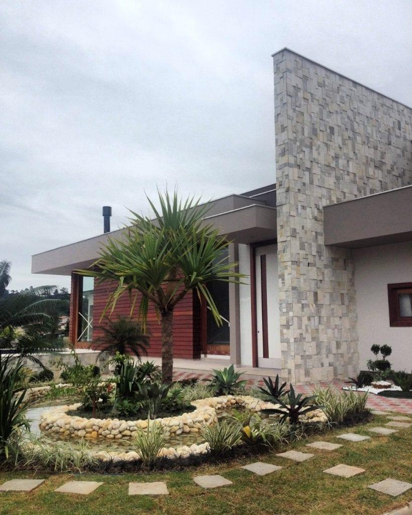 pedra-caxambu-fachada-casa[