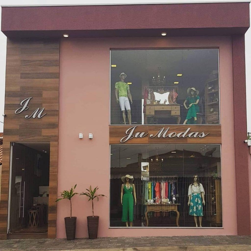 fachada-de-loja-roupas-femininas