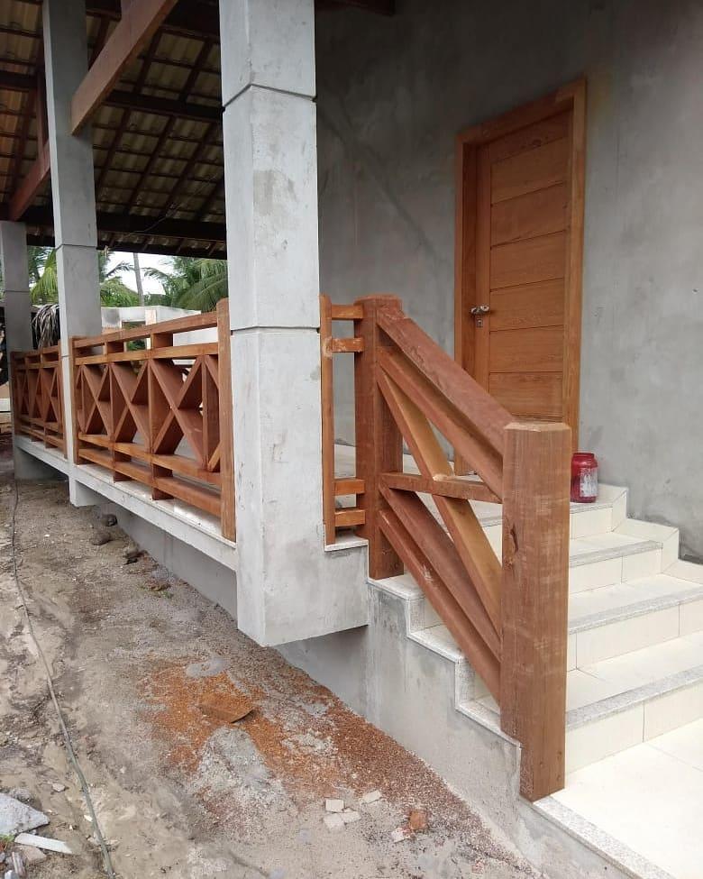 guarda corpo de madeira simples
