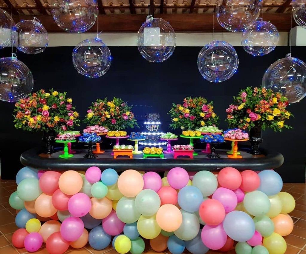 festa-neon-adolescente