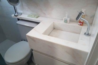 marmore-branco-banheiro