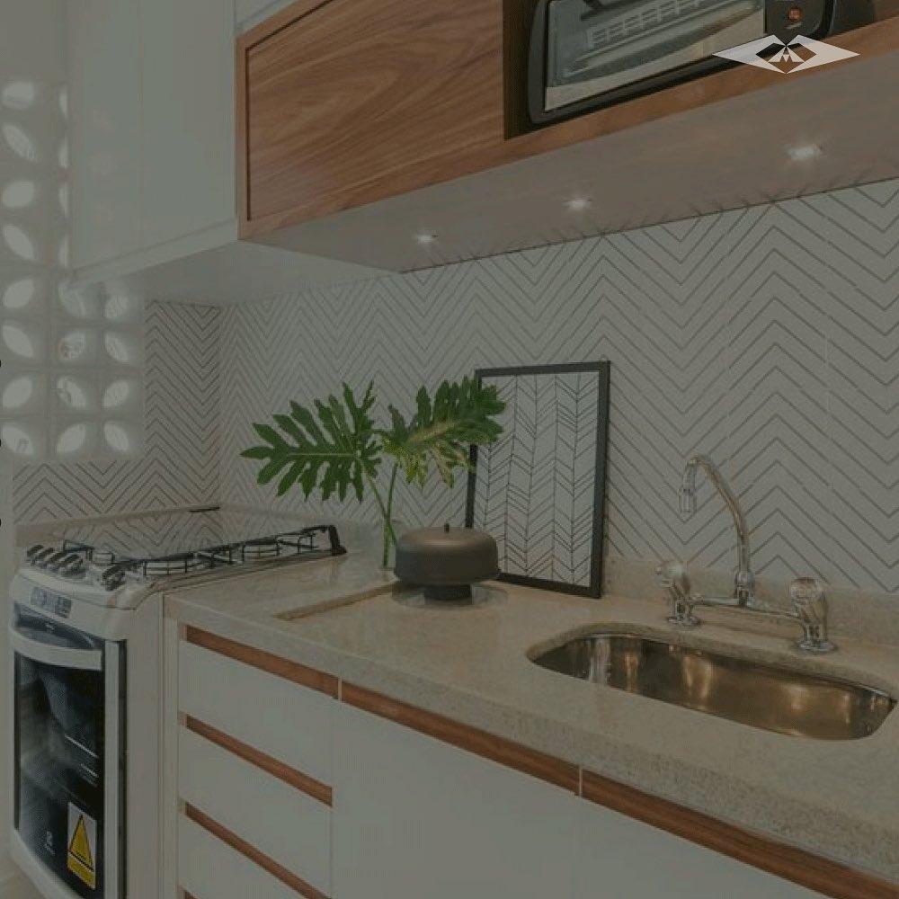 granito branco em bancada de cozinha pequena