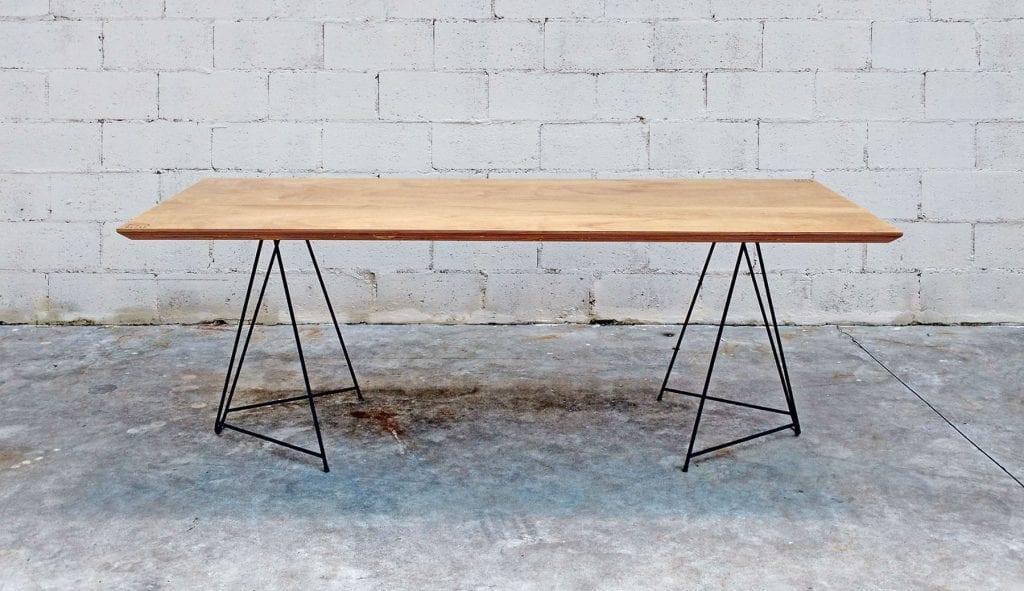 mesa-jantar-de-madeira-moderna