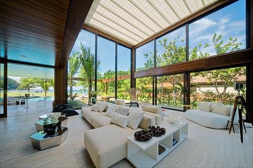 decoração casa de praia sofisticada e moderna