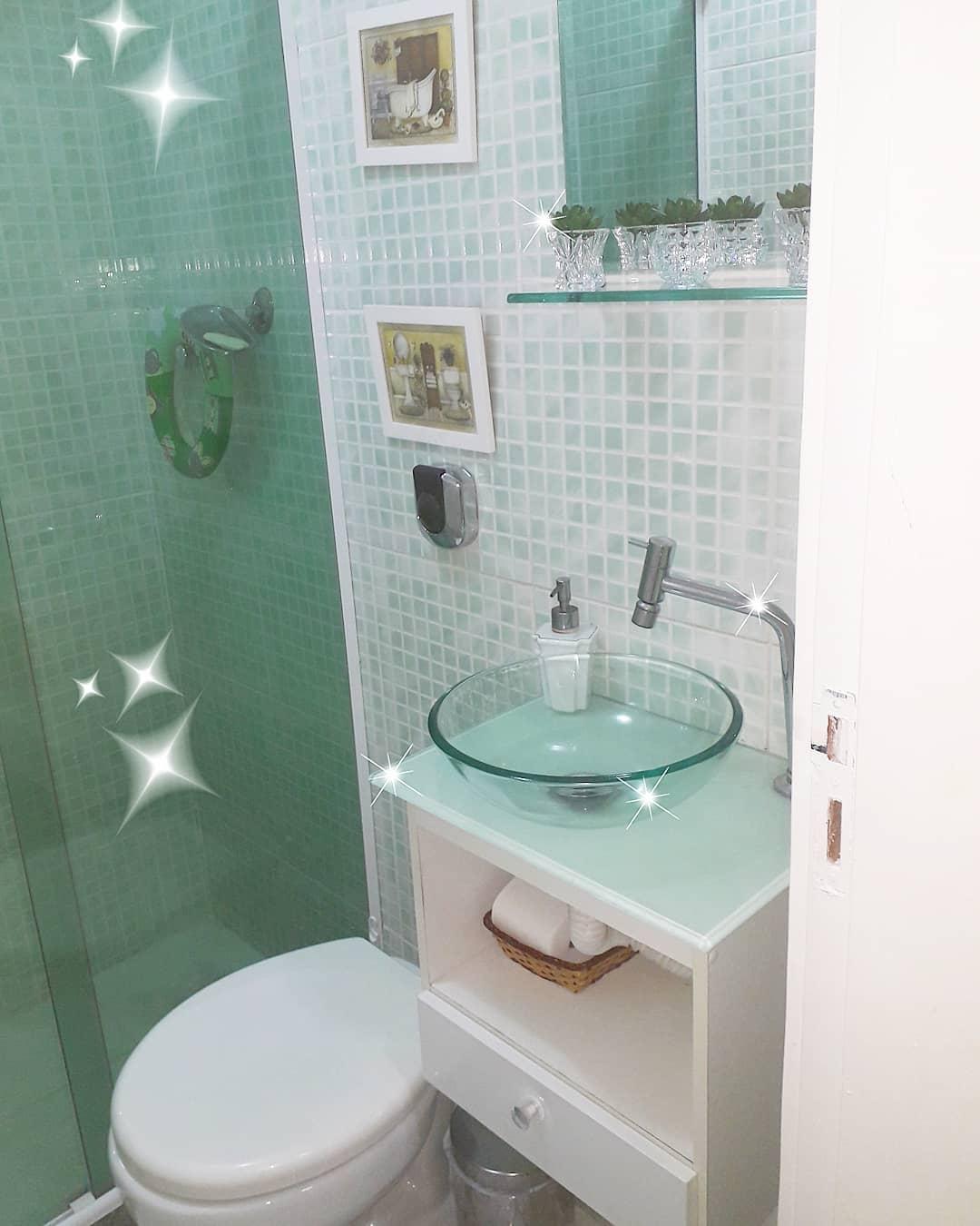 banheiro verde simples