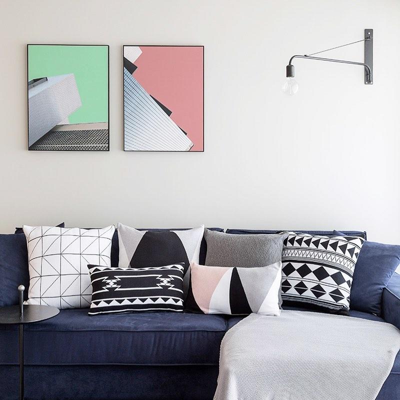 combinar almofadas com sofa azul