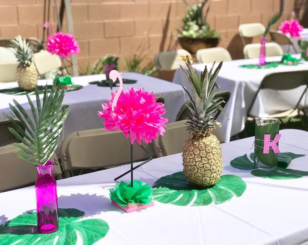 enfeite de mesa para festa flamingo