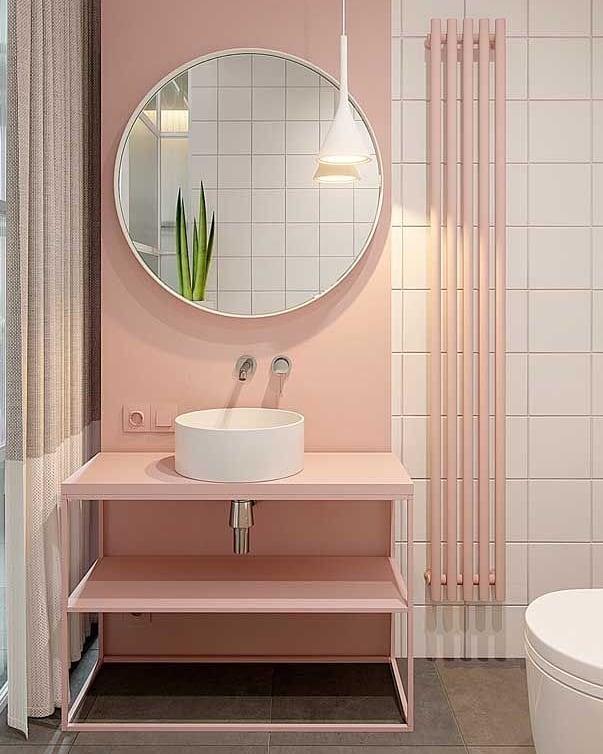 banheiro rosa pequeno