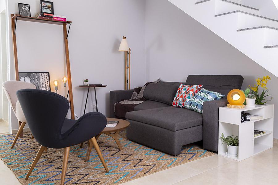 sofa cinza chumbo retratil