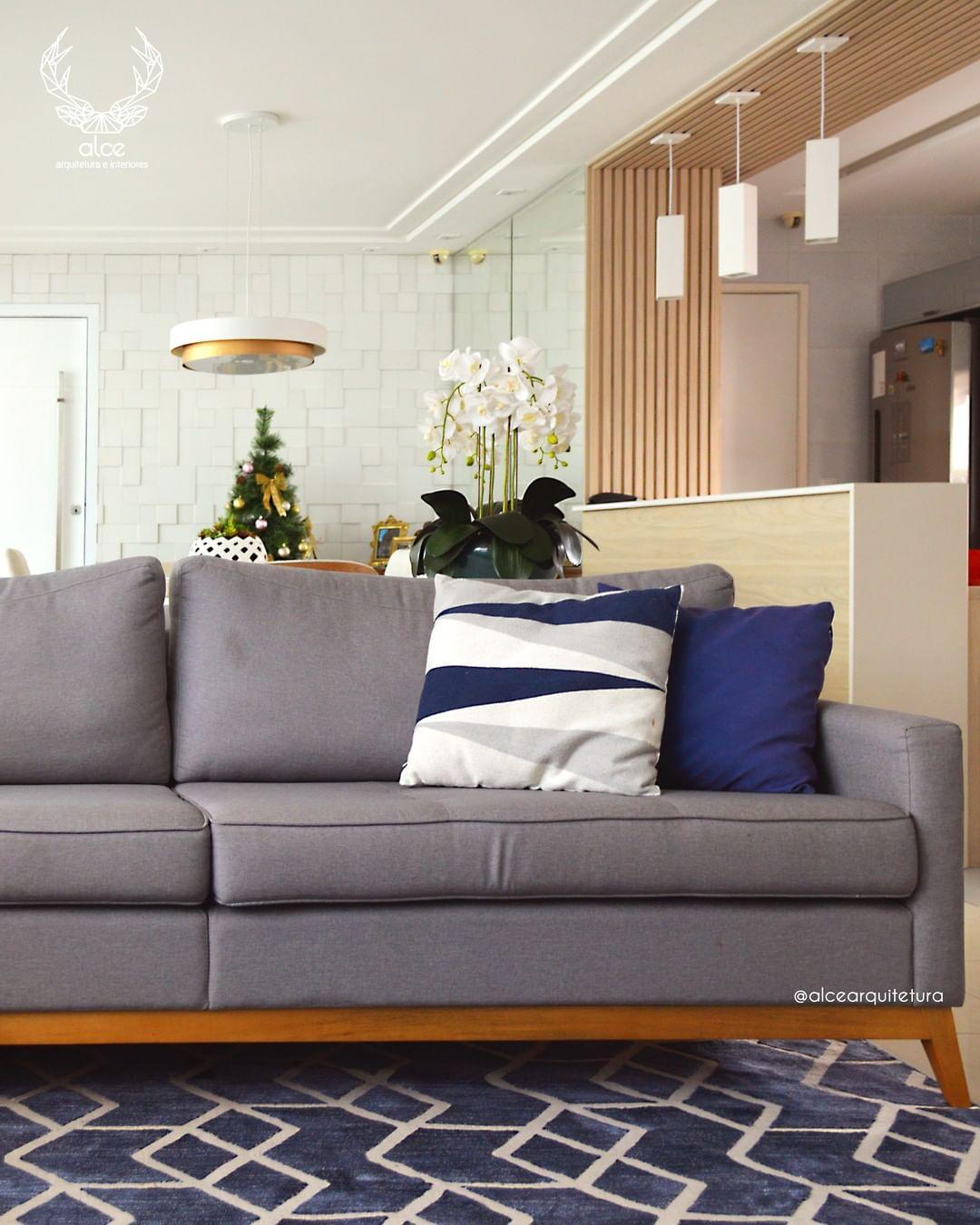 sofa cinza moderno e elegante