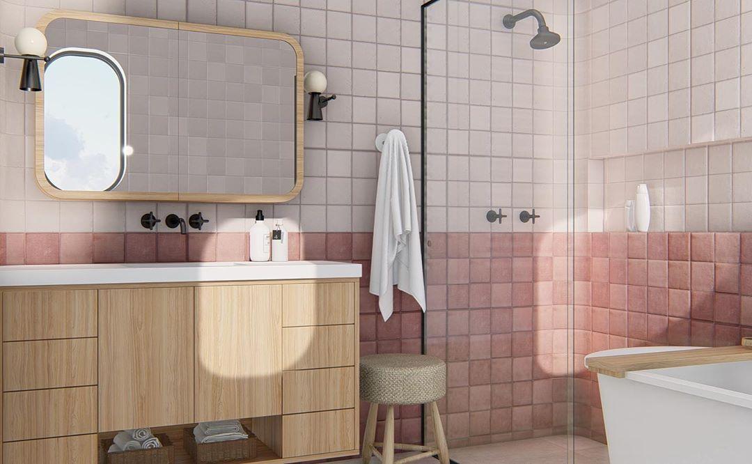 banheiro com revestimento rosa