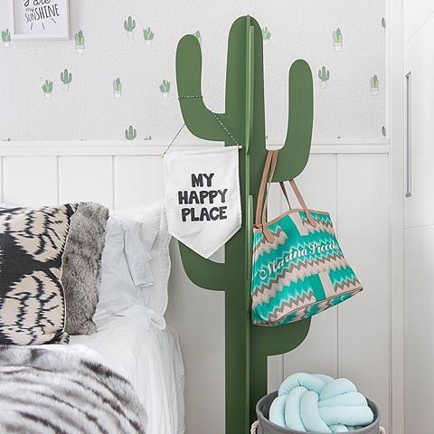 cacto decorativo no quarto
