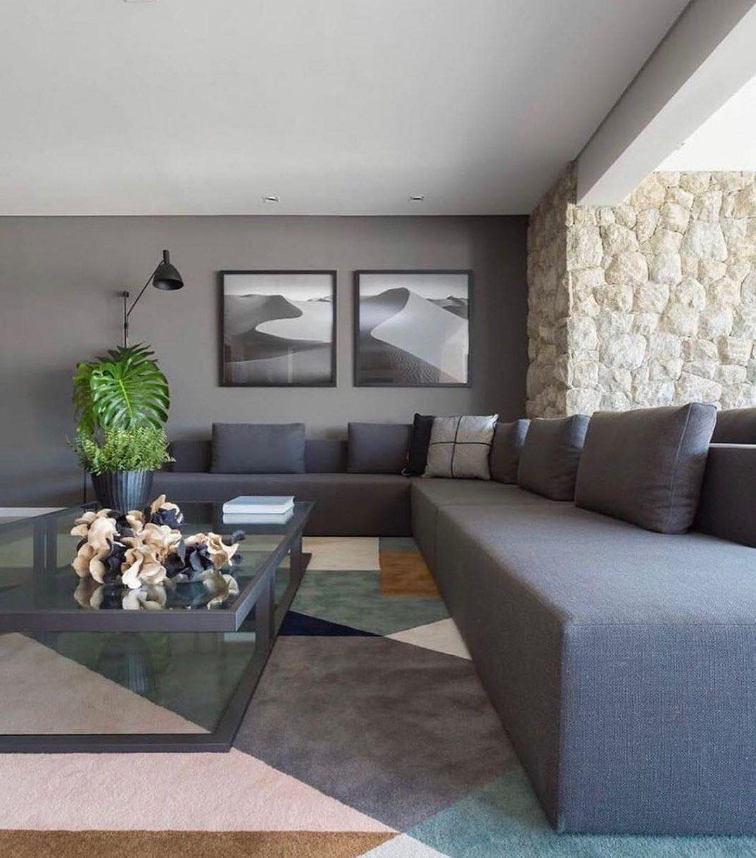 sofa cinza moderno