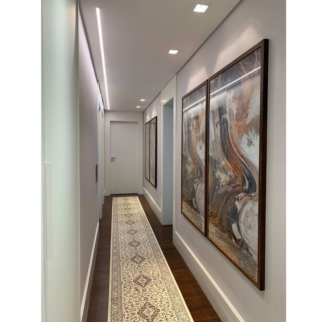 corredor decorado estilo classico