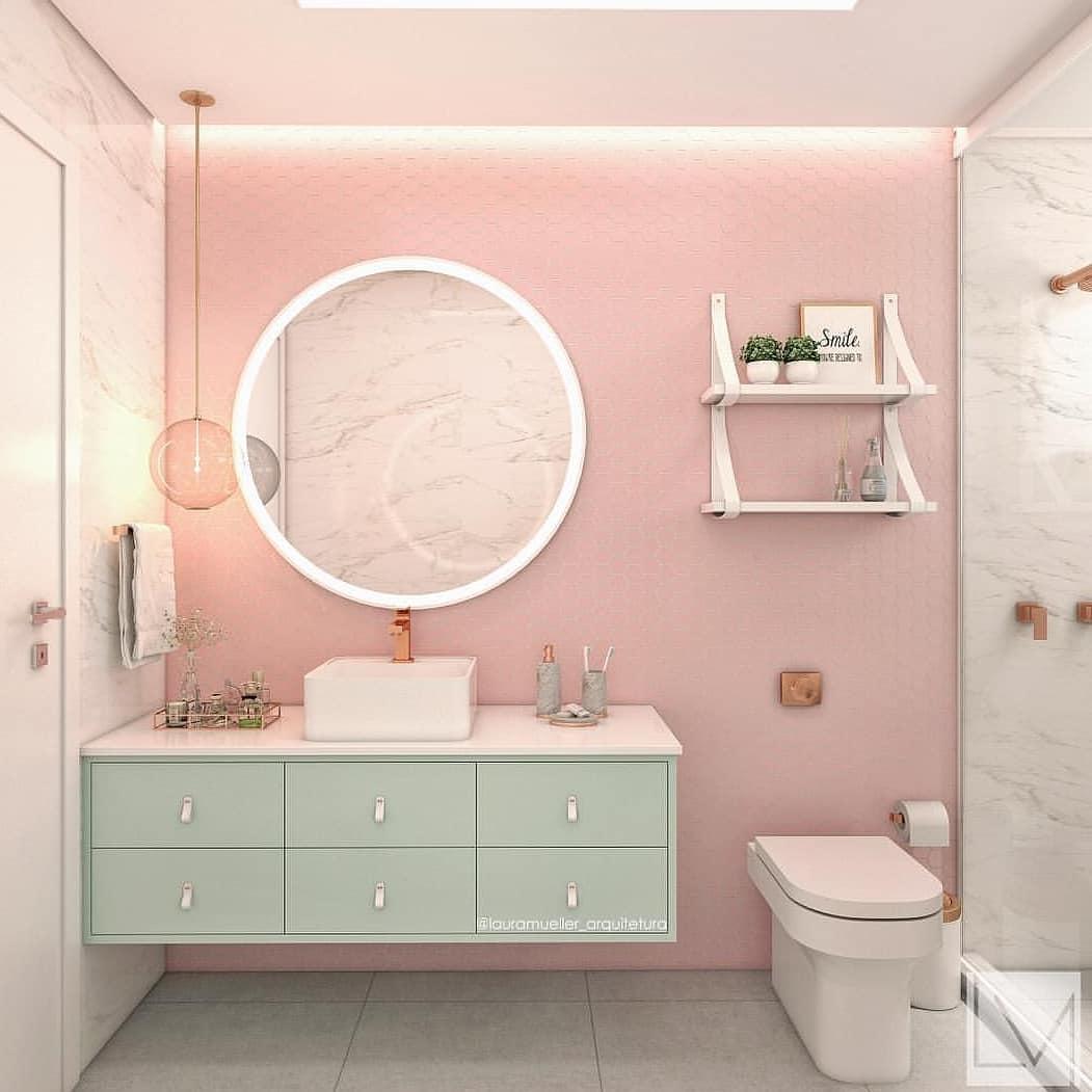 banheiro rosa claro com verde claro