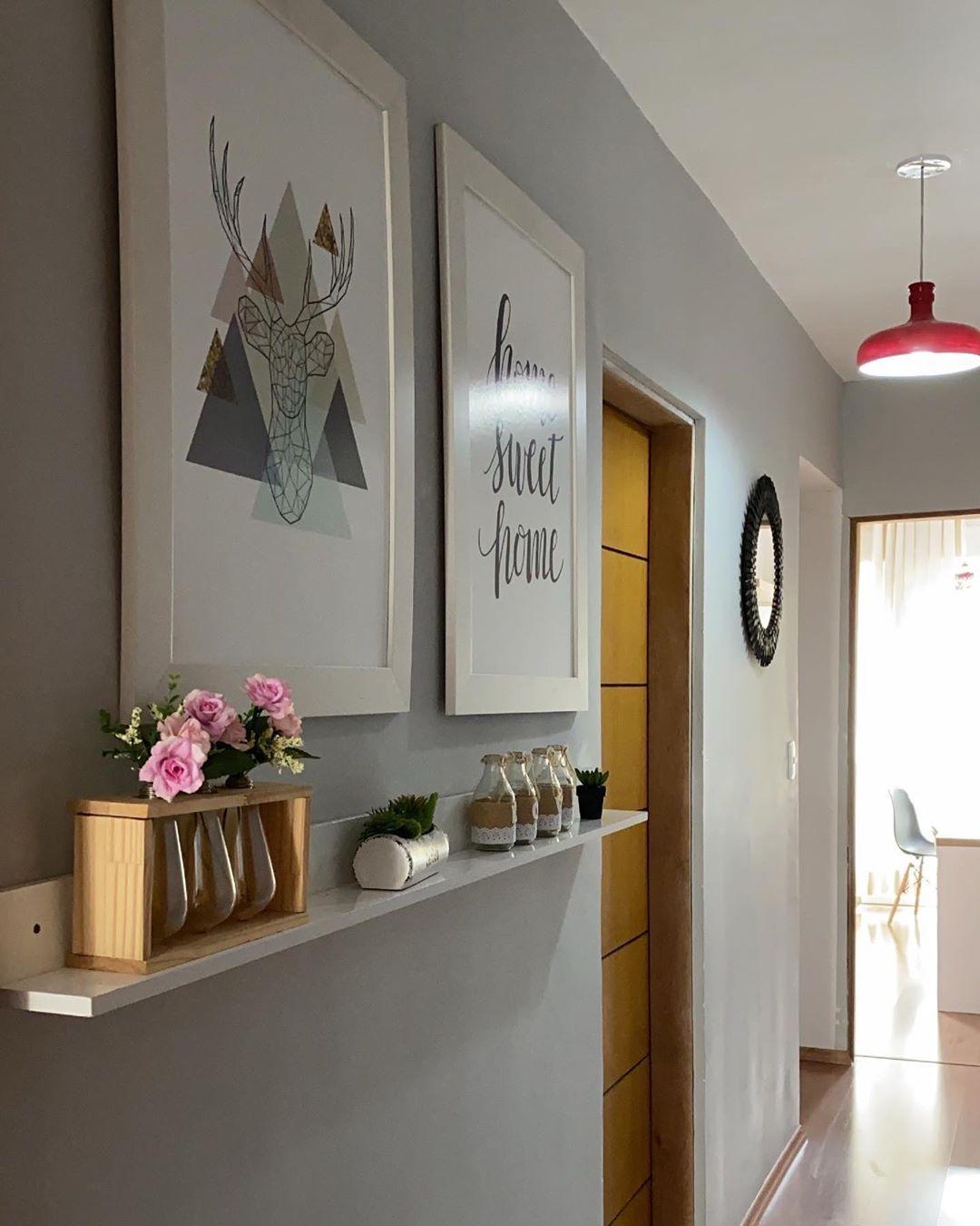 corredor decorado simples