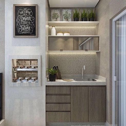 varanda com churrasqueira pequena em apartamento