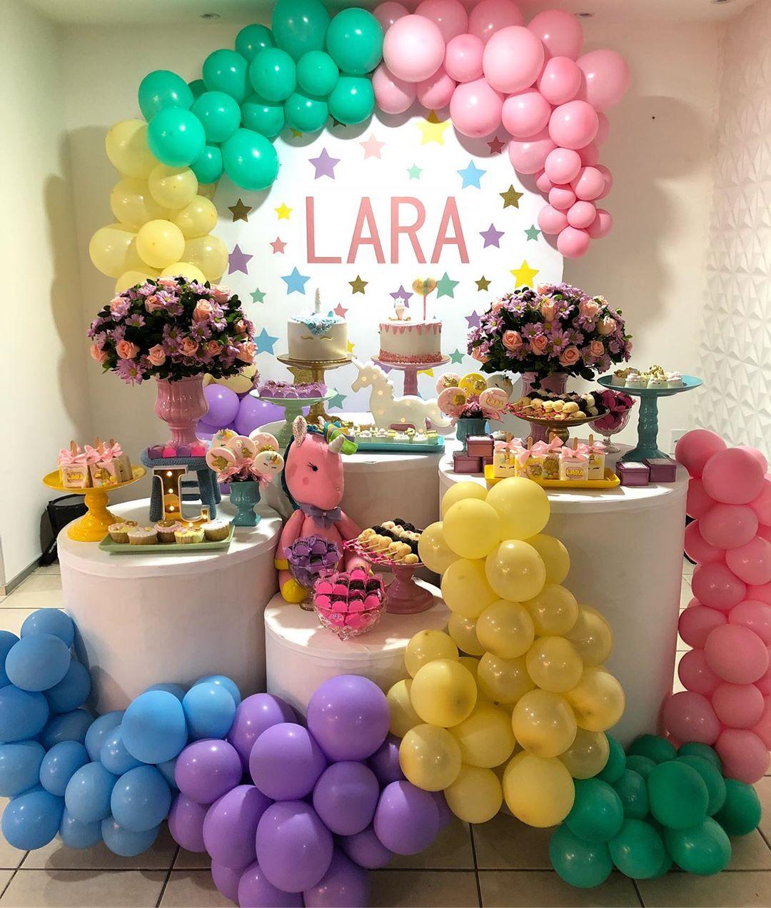 decoração festa unicórnio colorida