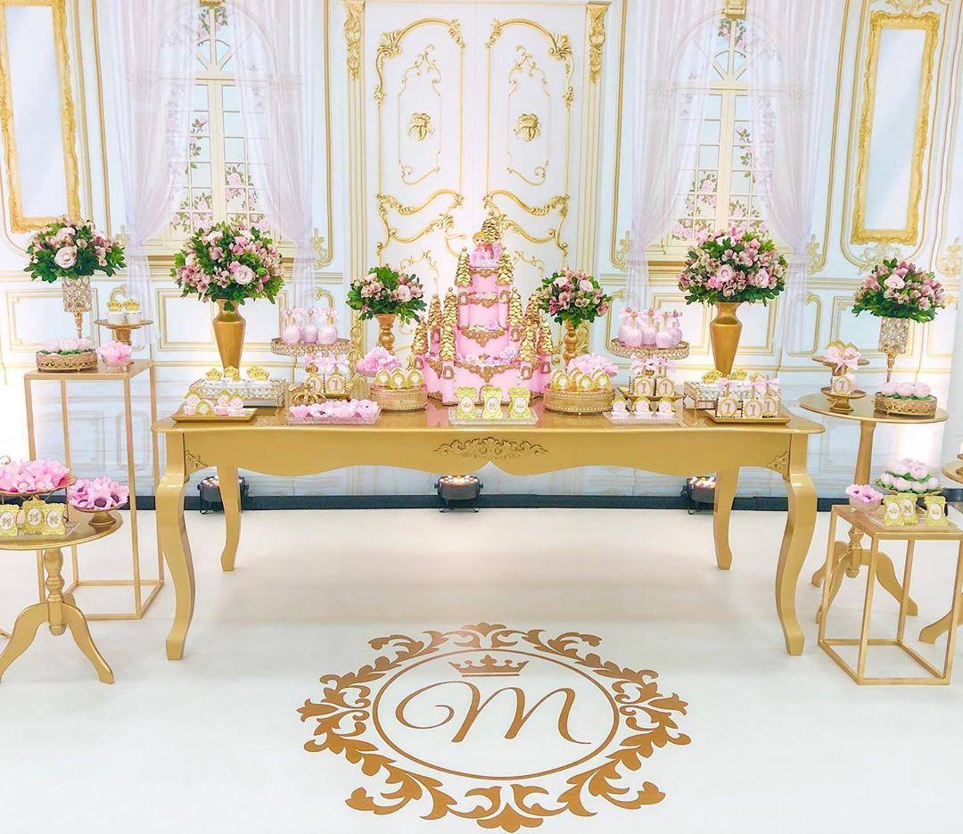decoração festa princesa branco e dourado