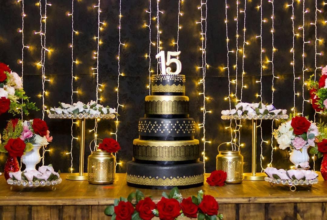 bolo festa a fantasia 15 anos
