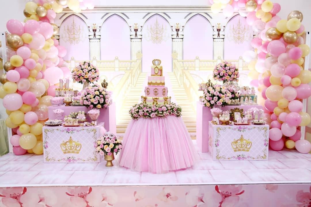 decoração festa princesa rosa e branco
