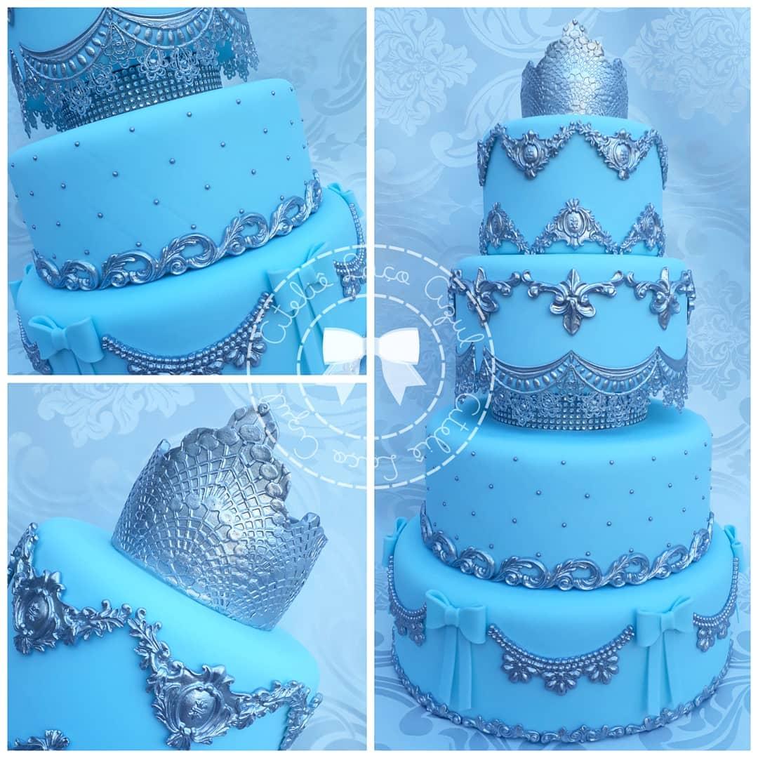 bolo azul para festa princesa