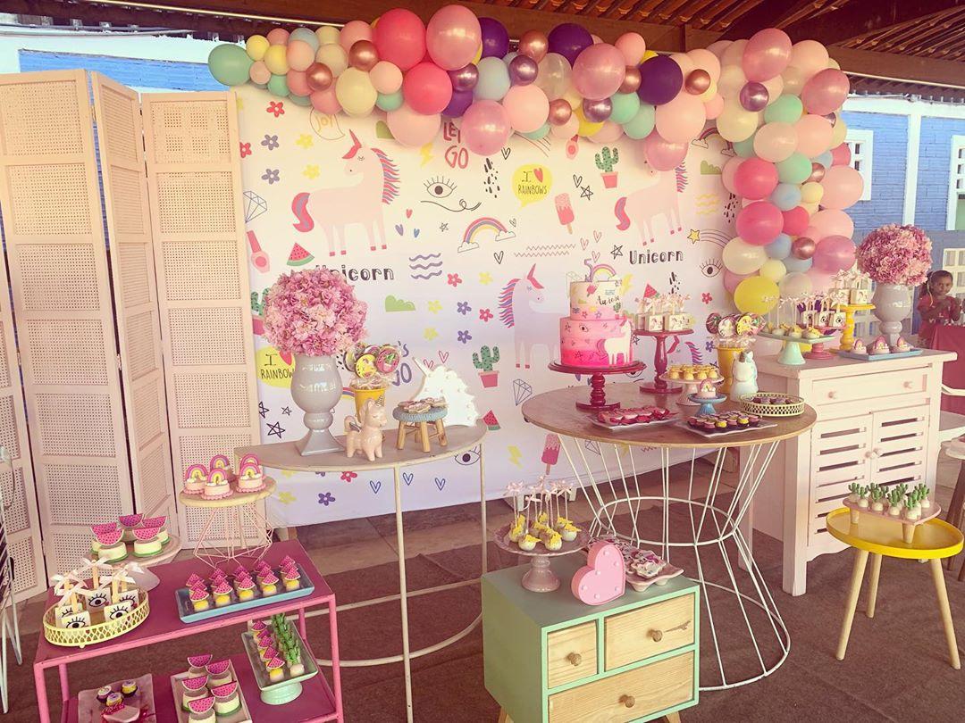 decoração festa unicornio moderna