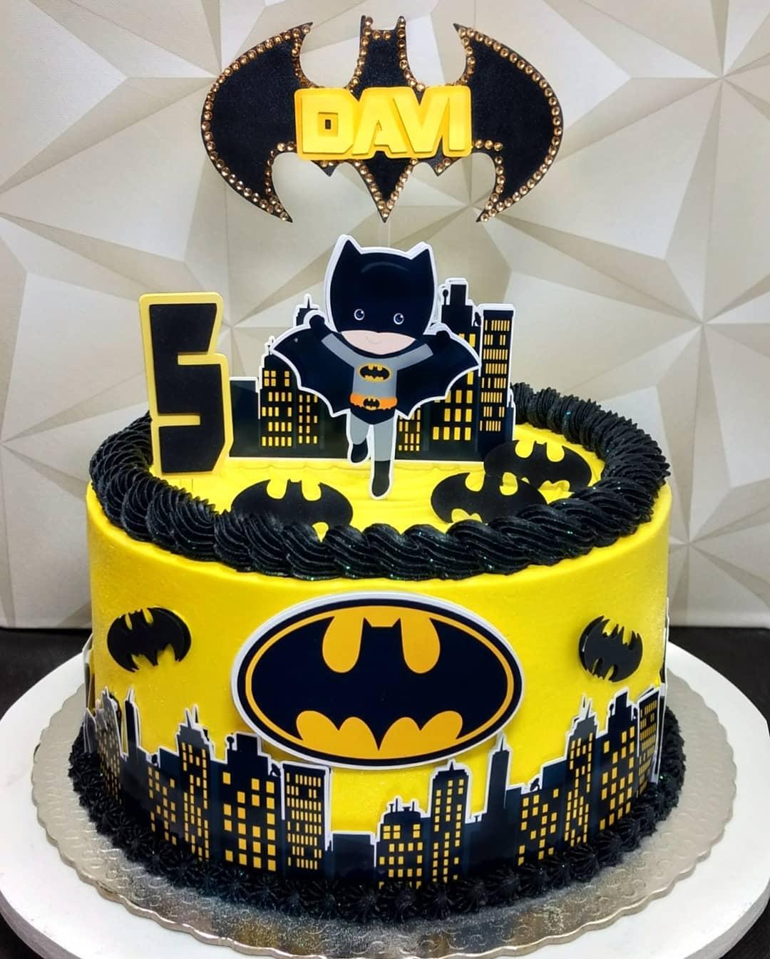 bolo para festa batman