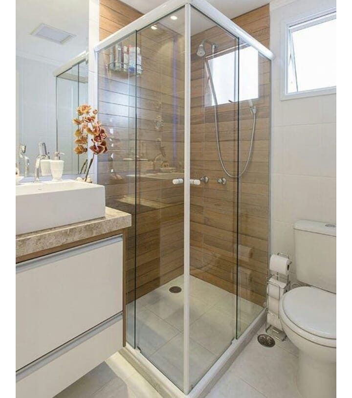 banheiro quadrado moderno