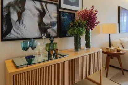 decoração de buffet para sala com quadros