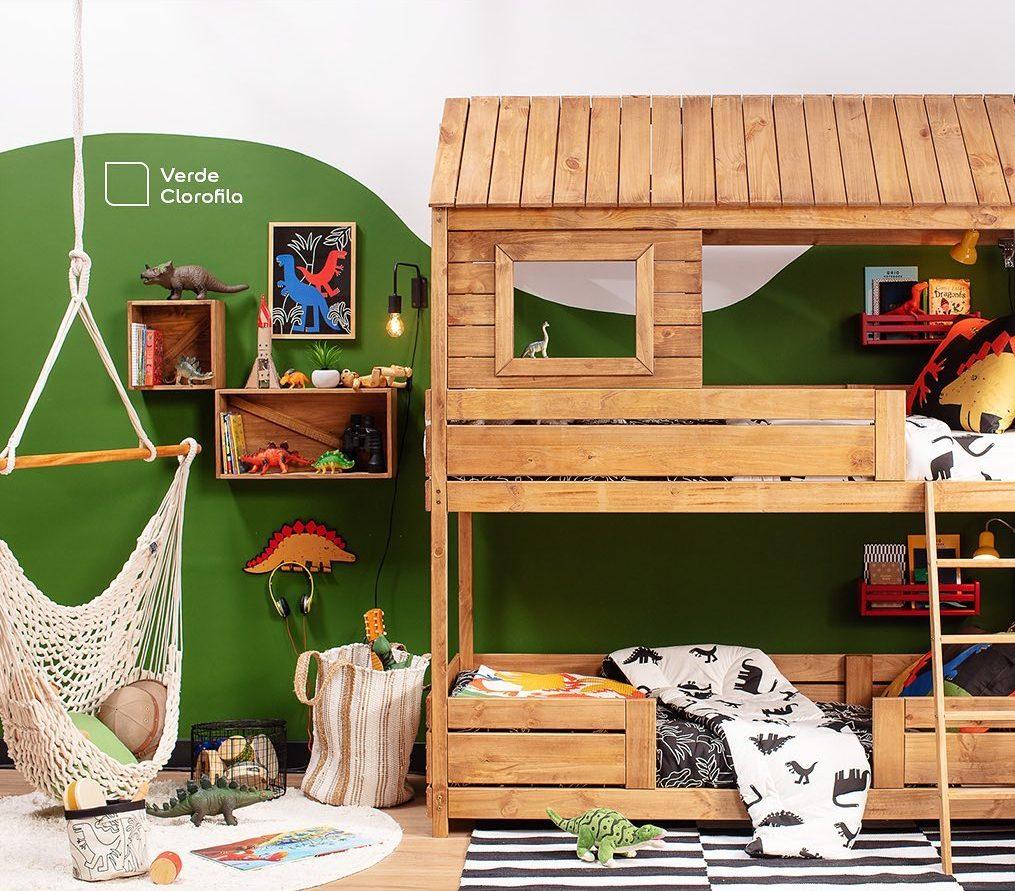 parede verde em quarto infantil