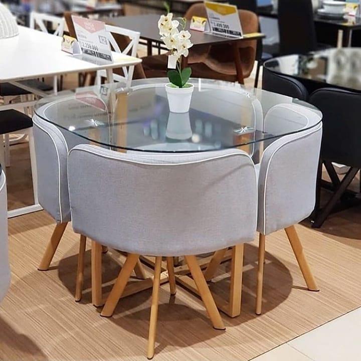 mesa de jantar pequena redonda de vidro