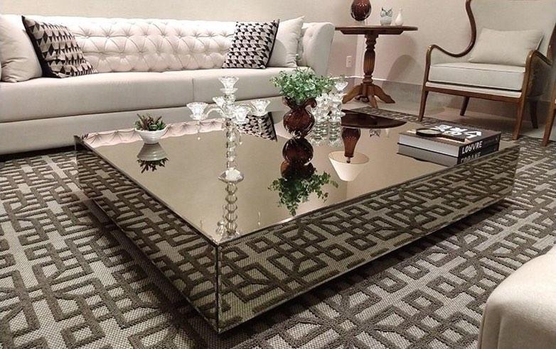 mesa de centro espelhada em espelho bronza