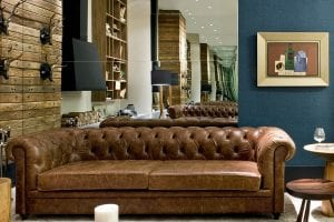 sofa chesterfield sierra em couro marrom