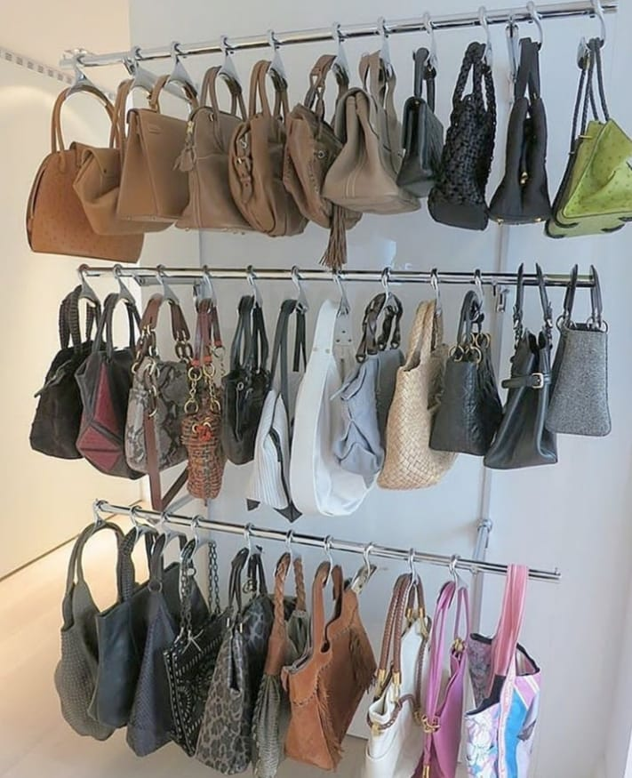 ganchos para organizar bolsas
