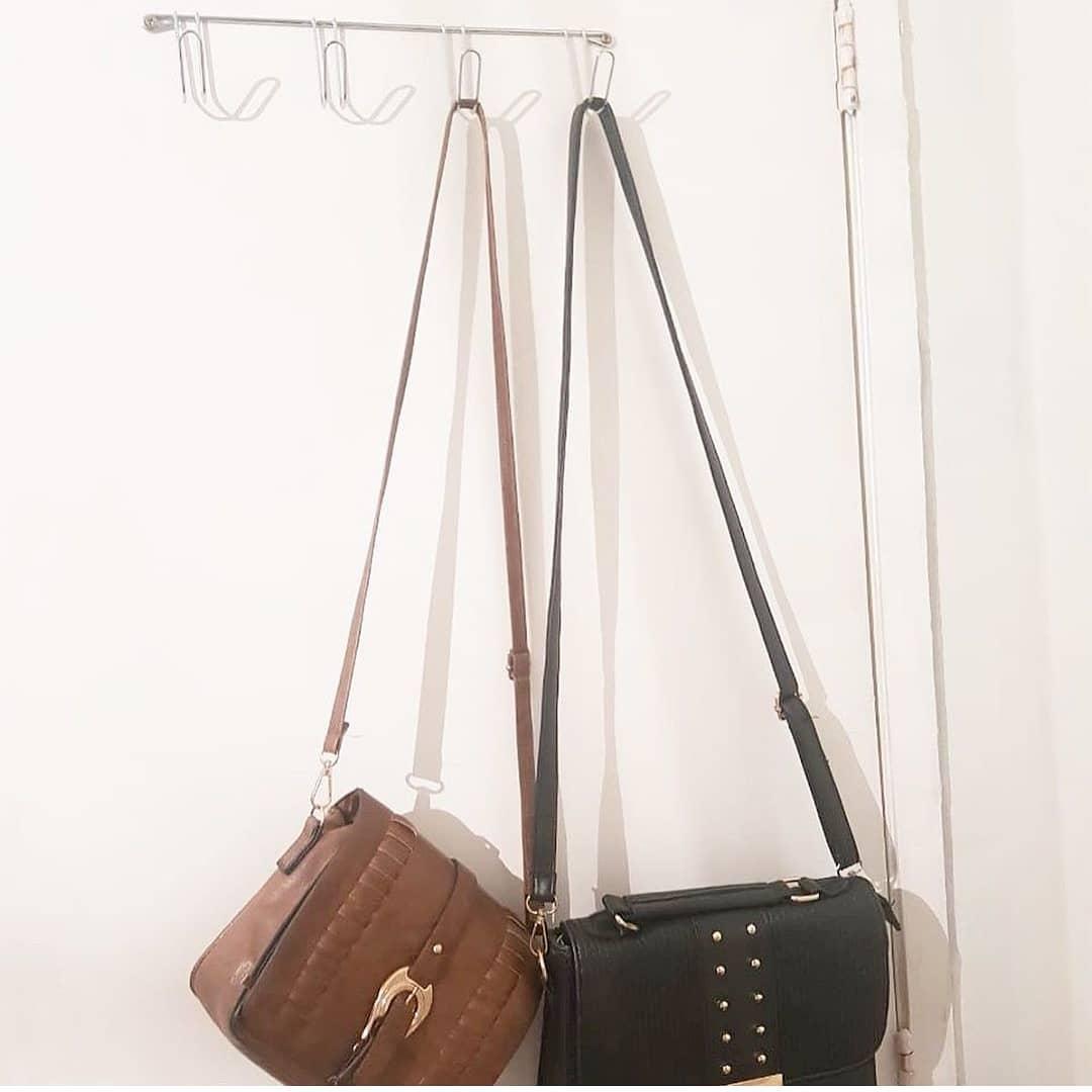 ganchos para organizar bolsas atras da porta