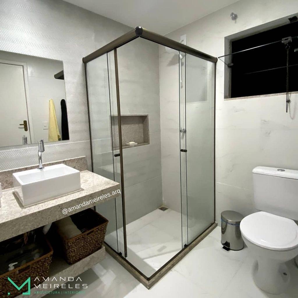 banheiro quadrado moderno pequeno