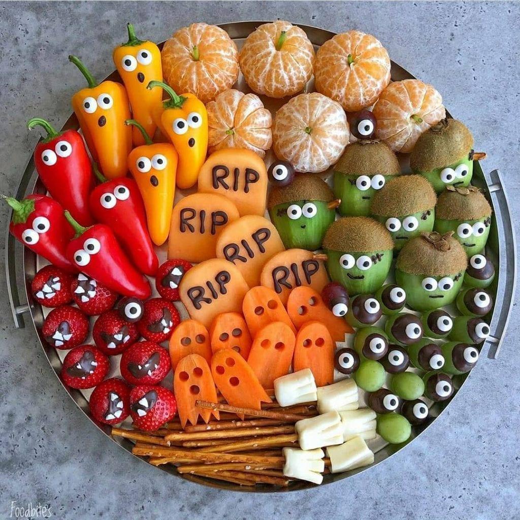 decoração de halloween com frutas