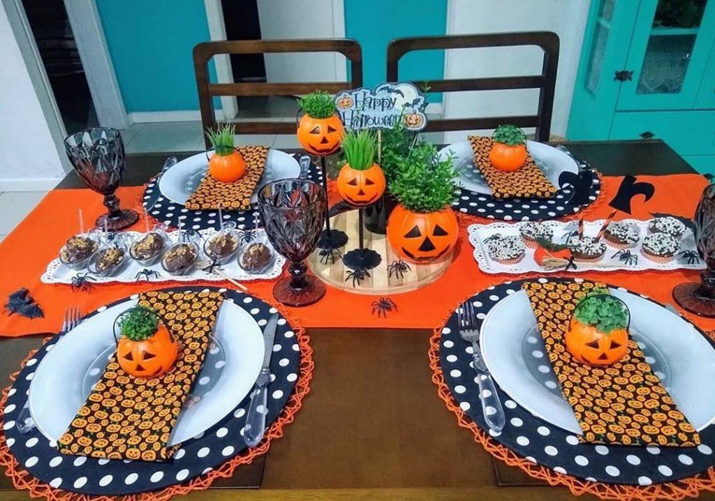 mesa decorada de halloween