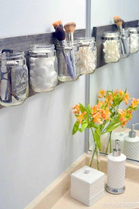 como organizar banheiros usando ptoes de vidro